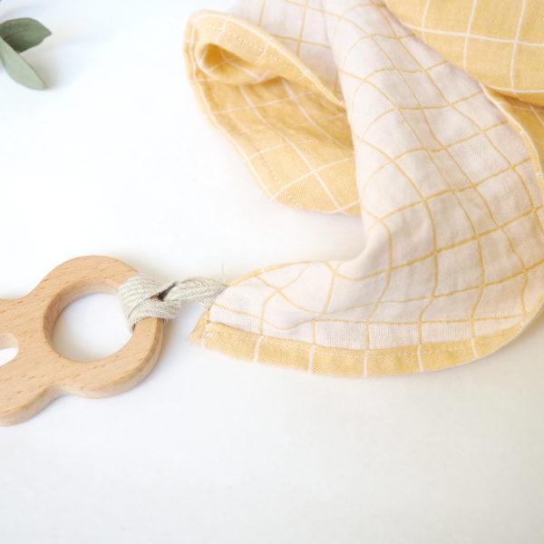 lange coton bio safran anneau dentition lapin lily la moustache. Black Bedroom Furniture Sets. Home Design Ideas